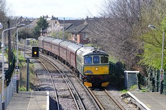 33-012-tnt-33-029-1Z87-Manor-Road-24-3-2019 (D1021) Tags: class33 33029 33012 d6515 1z87 1z86 therubyvampire therubyvampirethesecondbite bls branchlinesociety thebranchlinesociety westcoastrailway railtour thewirral manorroad manorroadstation wirralline nikond700 d700 theloop