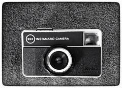 instamatic (albertgunet) Tags: kodak instamatic monochrome noiretblanc souvenir vintage blackandwhite retro analogique film pellicule