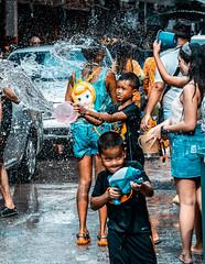 DSC05920 (K A M E R A K A S I N O O L I O) Tags: songkran songkran2019 sony sonyalpha sonya7iii a7iii a73 ilce7m3 gmaster 85mm thailand pattaya