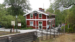 Skansen in Stockholm, Sweden 17/7 2018. (photoola) Tags: stockholm skansen trähus sweden photoola djurgården woodenhouse