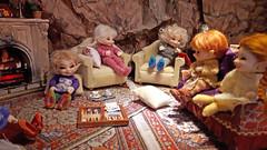 Always laughing !!! (Anne de Paris) Tags: fairyland realpuki realpukisoso realpukipupu realpukiroro realpukipopo realpukisosotan dollhouse fairyhouse fireplace elf elves elveshouse lutin maisondepoupée