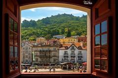 Sintra, Portugal. (profundidadcampo) Tags: sintra portugal paisaje ventana encuadre
