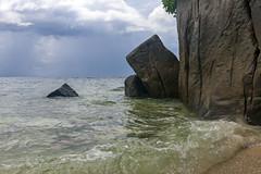 Anse Louis / Пляж Анс Луи (dmilokt) Tags: природа nature пейзаж landscape море sea пляж beach песок sand пальма palm небо sky облако cloud dmilokt nikon d850