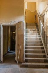 20181006-FD-flickr-0032.jpg (esbol) Tags: stairs treppe scala leiter ladder stufe step