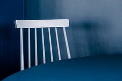 The blue chair (Eva Haertel) Tags: eva haertel indoor interieur interior raum space stuhl chair tisch table detail blau blue wood holz möbel furnitute minimalismus minimalism grafisch graphic linie line struktur structure wand wall