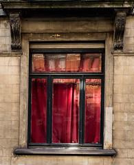 Rideau rouge (JulienLec) Tags: bruxelles architecture rouge fenetre belgique schaerbek lieux