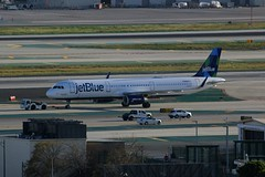 A321 N980JT Los Angeles 20.03.19 (jonf45 - 5 million views -Thank you) Tags: airliner civil aircraft jet plane flight aviation lax los angeles international airport a321 jetblue airways airbus n980jt
