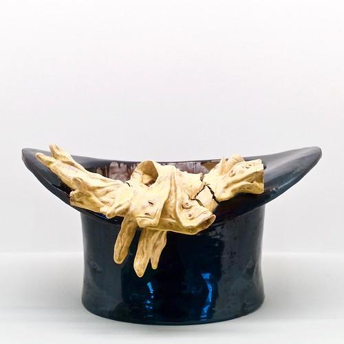 "Top Hat and Gloves [""Cartola e Luvas""] (Undated) - Rafael Bordalo Pinheiro (1846 - 1905)"