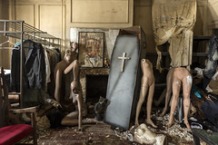 dressing room. (explored) (stevenbley) Tags: urbanexploration house abandoned urbex urbanexploring exploring guerillahistorian rust decay musty nature woods md maryland north empty history canon5dmarkiii bokeh timewarp 5dmk3 collapse woodfloors cracked summer mannequin mannequins baltimore