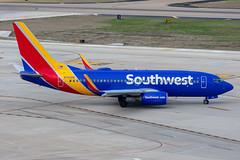 N744SW Boeing 737-7H4 Southwest (SamCom) Tags: swa southwest southwestairlines 737 boeing 737700 kdal dal dallaslovefield lovefield n744sw 7377h4