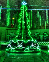 Christmas Tree of Lights (JoelDeluxe) Tags: rol riveroflights abq biopark nm december 2018 albuquerque biological park pnm light display colors lights sculptures fantasy newmexico hdr joeldeluxe