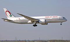 CN-RGC - Boeing 787-8 Dreamliner - LHR (Seán Noel O'Connell) Tags: royalairmaroc ram cnrgc boeing 7878 dreamliner b787 b788 787 heathrowairport heathrow 09l lhr egll cmn gmmn at800 ram800f aviation avgeek aviationphotography planespotting