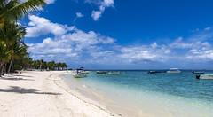 Le Morne Beach, Mauritius / Пляж Ле Морн, Маврикий (dmilokt) Tags: природа nature пейзаж landscape песок sand цвет color colour пляж beach море океан sea ocean dmilokt