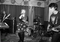 Terremoto, the Fixin' To, St Johns, OR, 2-22-2019 (convertido) Tags: black white photography concert fixin to st johns or punk rock synth crust postpunk post goth dark wave australia pac nw