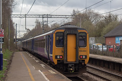 Northern 156160 (Mike McNiven) Tags: arriva railnorth northern sprinter dmu supersprinter healdgreen manchester airport manchesterairport liverpool limestreet warrington central