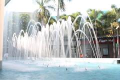 Parábolas de seda (Enrique-Orellana) Tags: seda parábolas soyapango agua matemáticas