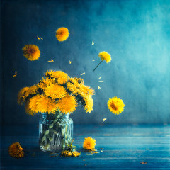 Yellow bouquet (Ro Cafe) Tags: bouquet stilllife dandelions flowers glass nikkor50mmf14 yellow textured
