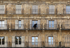 (cherco) Tags: woman windows balcony salamanca moment composition composicion canon city ciudad chica calle colour canoneos5diii lonely alone architecture arquitectura aloner brown repetition repeticion silhouette solitario solitary silueta street