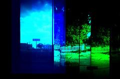[ једносмерно ] (ǝlɐǝq ˙M ʍǝɥʇʇɐW) Tags: supersampler play lomography texas signs oneway grief emotion found lost detritus blue green colors multipleexposure