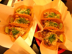 IMG_3428 (craigharrisnelson) Tags: la monita taqueria mexican restaurant food tacos taco chicken carnitas bangkok thailand ploenchit bts