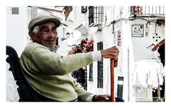 El paisano / old man in a white village (Luis kBAU) Tags: paisano oldman portrait retrato