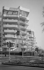 C11_F80_20190204_040_JPEG 2000 (Domenico Cichetti) Tags: milano citylife olympus olympusxa studional fomapan100 monocrome bw blackwhite blackandwhite bn argentique selfdevelope architecture