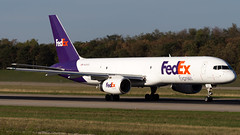 Boeing 757-2Y0(SF) N974FD Federal Express (William Musculus) Tags: airport spotting aviation plane airplane n974fd federal express fedex boeing 7572y0sf basel mulhouse freiburg bsl mlh eap euroairport lfsb fdx fx 757f 757200f 757200sf william musculus