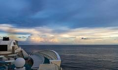 Morning on a cruise / Утро в круизе (dmilokt) Tags: природа nature пейзаж landscape море sea небо sky облако cloud dmilokt кораль круиз ship cruise