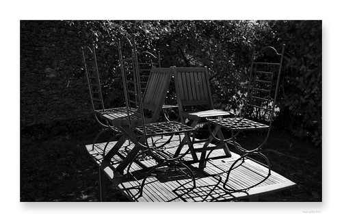 """tour de table • <a style=""""font-size:0.8em;"""" href=""""http://www.flickr.com/photos/88042144@N05/46369289174/"""" target=""""_blank"""">View on Flickr</a>"""