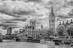 Tamesis and parliament (Luis FrancoR) Tags: tamesisandparliament tamesis parliament luisfrancor blackwhite blanco blanconegro blancoynegro london londonstreets bigbenlondon bigben greatbigben