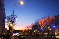DSCF4538 (Mike Pechyonkin) Tags: 2019 moscow москва sky небо house дом sunset закат road дорога streetlight фонарь street улица tree дерево sign знак дорожныйзнак roadsign car машина
