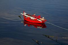la barca (por agustinruizmorilla) Tags: boat ship harbor moored marina motorboat waterfront pier commercial dock port recreational ferry ol man sea galicia el mar agustin ruiz morilla