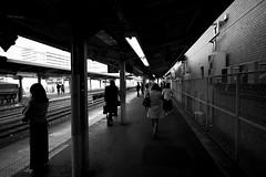 Morning! (hidesax) Tags: morning platform station ageo saitama japan bw hidesax leica m240 voigtlander 21mm colorskopar f35