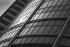 Light and Steel (frank_w_aus_l) Tags: rotterdam netherlands architecture light reflection sky sun monochrome bw sw noiretblanc netb nikon d810 nikkor 2470 provinzsüdholland niederlande nl
