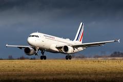 F-GKXP - Air France A320   CDG (Karl-Eric Lenne) Tags: fgkxp cdg lfpg runway landing 26l februery 2019 air france paris roissy storm a320 airbus a319 a318 a321 livry
