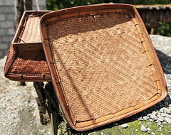 Woven wicker and bamboo trays in the sun. Poitan-Banaue-Philippines. 0071 (rweisswald) Tags: cereal staplefood agriculture agriculturalcommodity farmimplement nutrition edible eatable crop cultivation diet rawfood spike herringbonepattern design sundrying dehydration conservation preservation basket tray plate server basketry basketweaving woven container fibre wicker willow braided twined intertwined rattan reed bamboo pliable rim pebble gravel lowwall yard courtyard frontyard poitan banaue ifugaoprovince cordilleraregion luzonisland philippines