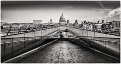 St Pauls (Andy J Newman) Tags: bridge london monochrome blackandwhite contrast d810 lightroom longexposure millenium nikon photoshop silverefex stpauls wibbly