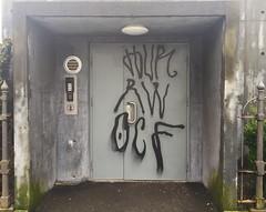 HUR RW OCF (svennevenn) Tags: hur rw ocf tagging bergen gatekunst streetart