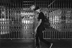TianJin Street Artist - Harry (von Calven Lee) Tags: artist hongkong tianjin leica blackandwhite streetphotography streetartist 11310
