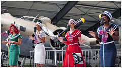 Satin Doll Sisters (Aerofossile2012) Tags: laferté meeting airshow 2017 satindollsisters femme woman music musique