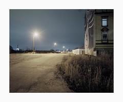 Ehrenfeld, 2018 (Darius Urbanek) Tags: analog mediumformat color film portra400 mamiya7 germany kodak 65mm 6x7 köln cologne ehrenfeld 120 lights night longexposure