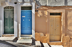 I choose the blue door (Siuloon) Tags: malta malte architektura texture street stone door doors architettura architecture building wall canon stairs island