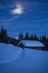 A winter night in the alps (cygossphotography) Tags: nacht night nuit landschaft landscape paysage natur nature berge gebirge mountain montagne hütte hut cabin chalet werdenfelserland bayern bavaria bavière deutschland germany allemagne schnee snow neige winter hiver alpen alps alpes karwendel wettersteingebirge vollmond fullmoon pleinelune canon eos 6d