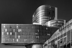 Glass and Steel 2 (Leipzig_trifft_Wien) Tags: barcelona catalunya spanien es facade building architecture modern contemporary reflection monochrome black white bnw blackandwhite grey geometry