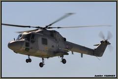 _DSC0837 (damienfournier18) Tags: hélicoptère lynx marinenationale baseaérienne baseaéronavale pilatus phenom eurocopter ec135 militaire aéronef avion aéroport arméedeterre arméedelair hélicoptèredefrance jetdaffaire jetaviation jetprivé aéronautique