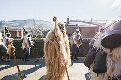 08 Ojáncano custodiado_Vijanera 19-    -Ana Sanchez (Asociación Cultural Amigos de la Vijanera) Tags: 2019 anasviaje cantabria lavijanera silio vijanera2019 carnavaldeinvierno invierno