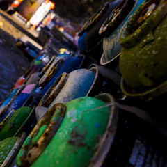 color (Kotten!) Tags: graffiti paint spraycans can trash