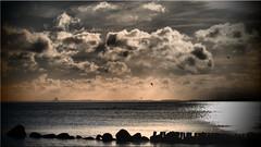December at the Baltic Sea (Ostseetroll) Tags: deu deutschland geo:lat=5409349235 geo:lon=1088889300 geotagged lübeckerbucht rettin schleswigholstein ostsee balticsea wolken clouds olympus em10markii