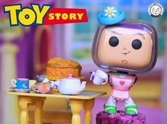 Don't you see the hat? I am Mrs Nesbitt (PrinceMatiyo) Tags: toystory pixar disney toyphotography mrsnesbitt popvinyl funko