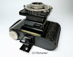 Minolta Six - Minolta's First 6x6 cm Camera (http://www.yashicasailorboy.com) Tags: minoltasix minilta japan camera mediumformat photography lens shutter 1930s film 6x6cm coronarlens